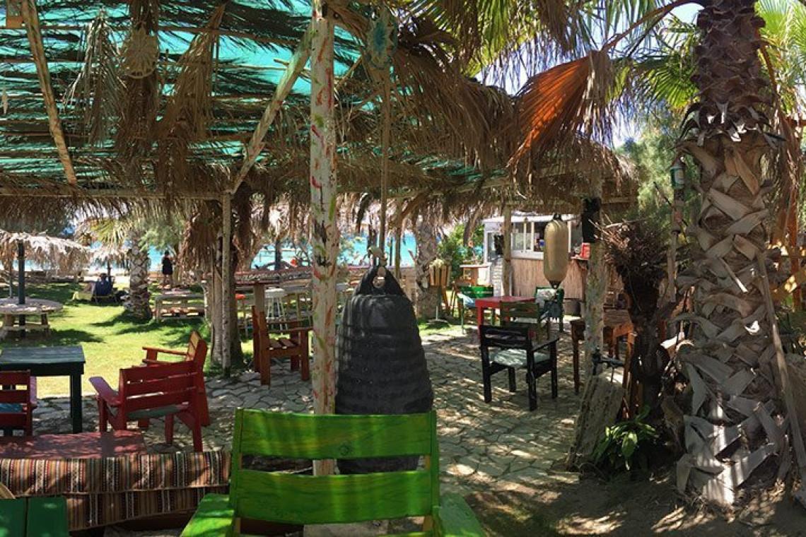 Karibu bar beach kreta cretelia festival